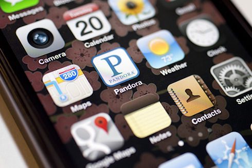 Apple опровергла информацию о выпуске бюджетного iPhone