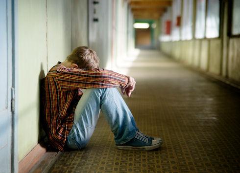 От суицида спасут через социальную сеть
