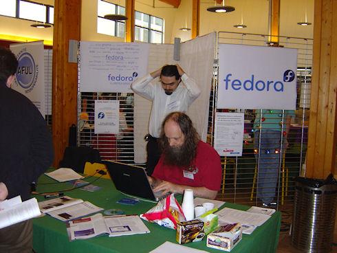 Fedora 18 раскритикована до основания