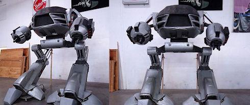 Робот ED-209 из RoboCop 2 продается на Ebay