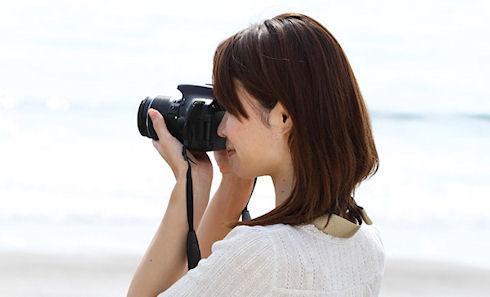 Новая зеркальная камера Canon EOS-b