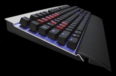 Vengeance K70 – «цветная» клавиатура от Corsair