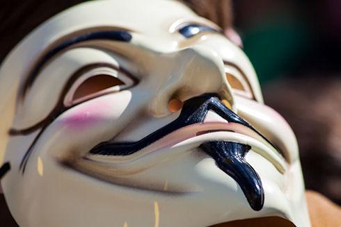 В США арестован член группы Anonymous