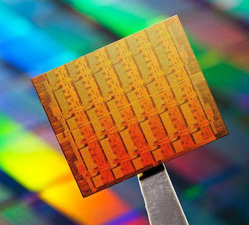 Intel представила мобильный процессор Atom Silvermont