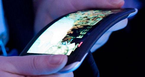 LG покажет гибкий небьющийся дисплей