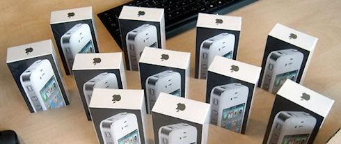 Apple может потерять до 2 млрд долларов при запрете iPhone 4