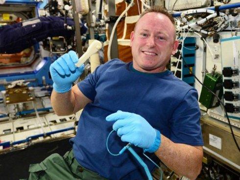 3D-принтер напечатал гаечный ключ прямо в космосе