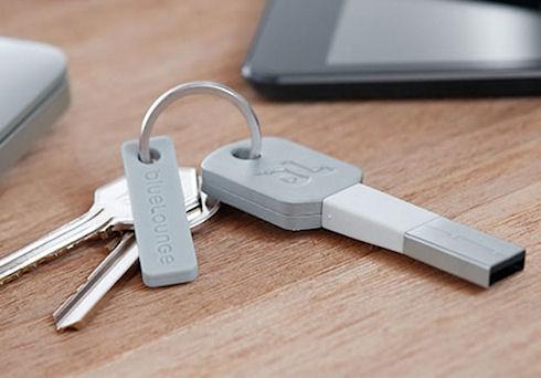 Kii – миниатюрный адаптер для зарядки гаджетов Apple