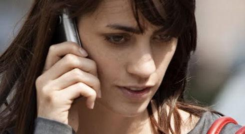 Динамик мобильного телефона ухудшает слух