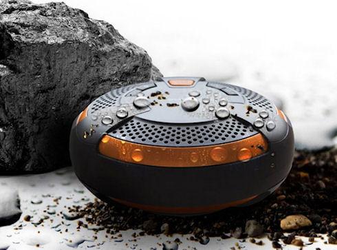 Panasonic SC-NT10 – беспроводная акустика с защитой от влаги и пыли