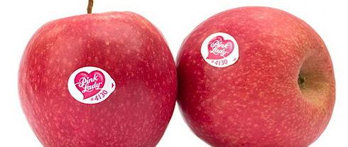 В Австралии вместо двух iPhone девушке продали два яблока