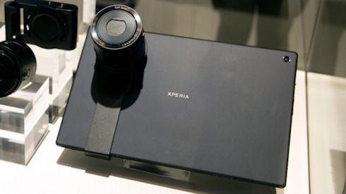 Sony показала суперобъективы для работы со смартфонами
