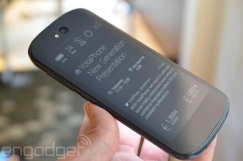 Анонс обновленного смартфона YotaPhone 2