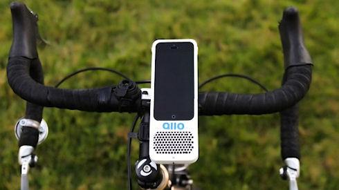 Allo – фиксатор для iPhone 5 с встроенными динамиками