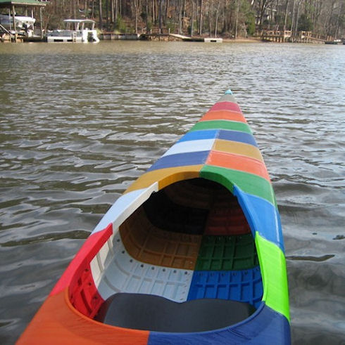Лодка из баннера