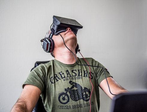 Facebook покупает компанию Oculus за 2 млрд долларов