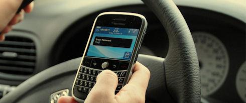 SMS за рулем может стоить 30 лет жизни американским водителям