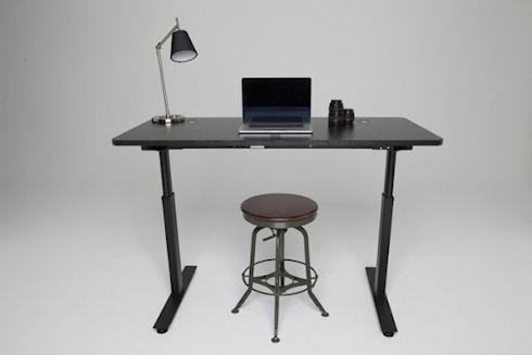 Стол StandDesk с автоподстройкой высоты