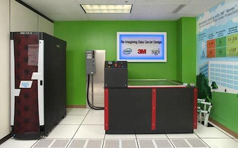 Intel испытала жидкостную систему охлаждения на компьютере SGI ICE X