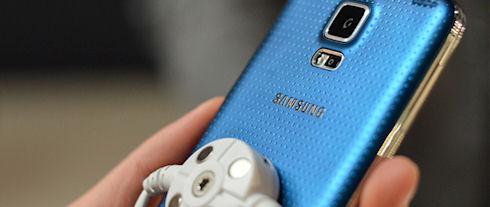 Продажи Samsung Galaxy S5 обновили рекорд Galaxy S4