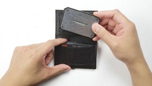 LithiumCard – «карманное» зарядное устройство