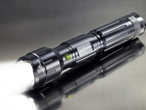 Flashtorch – «зажигательный» фонарик от Wicked Lasers