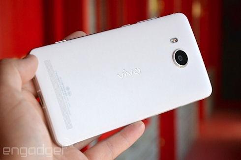 Vivo Xshot – китайские флагманы для внутреннего рынка