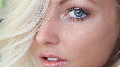 Ученые выявили связь между цветом глаз и болевыми ощущениями человека