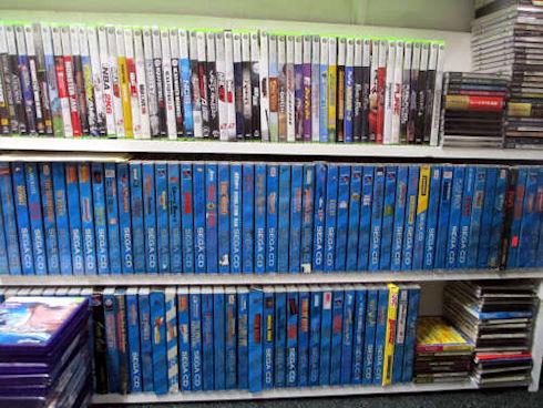 Владелец крупнейшей коллекции видеоигр продал ее за 750 тыс. долларов