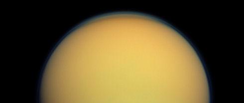 Ученые впервые «понюхали» атмосферу Титана