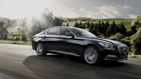 Hyundai Genesis оповестит водителя о камере слежения на дороге