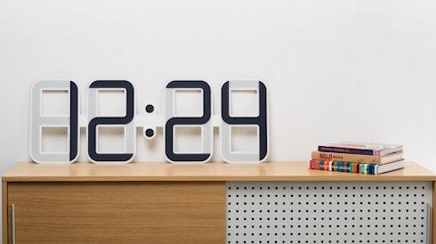 Часы с электронными чернилами Twelve24 ClockONE