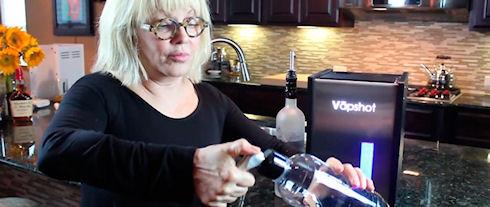Компания Vapshot создала алкогольный ингалятор для вечеринок