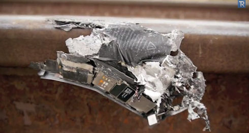 iPhone 5S испытали с помощью железнодорожного состава
