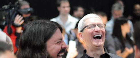 Apple и SAP предложено раскрыть исходные коды своих программных продуктов