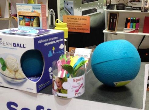 Мяч и мороженное в Kickball Ice Cream Maker