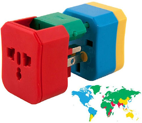 Зарядка в любой стране мира проще с 4-in-1 Adapter