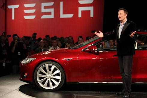 Tesla Motors выпустит автомобиль с автопилотом к 2020 году