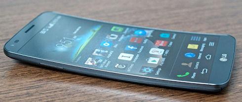 LG G Flex 2 – удобный размер и высокое разрешение
