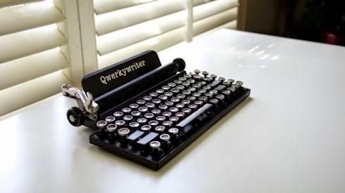 Qwerkywriter – современная клавиатура в виде старинной печатной машинки
