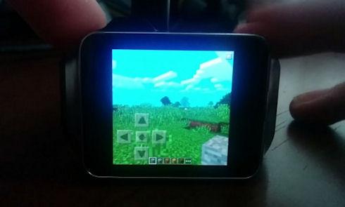 Мобильный Minecraft запустила на часах Samsung Gear Live