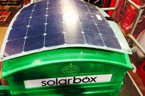Solarbox – лондонский городской «зарядник»