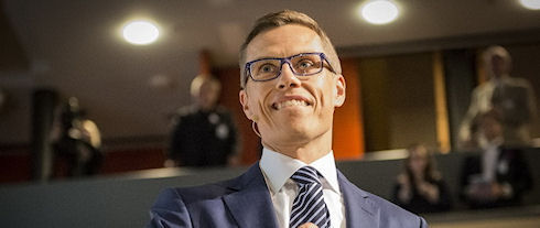 Apple вредит экономике Финляндии — Стубб
