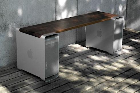 Лавочка из PowerMac G5 от Гейгера прекрасно дополнит интерьер