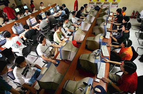2 млн китайцев работают надзирателями в Интернет