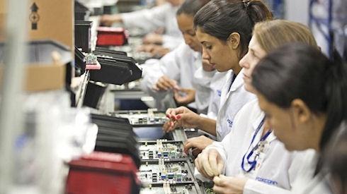 Reuters: HTC готовится к продаже заводов