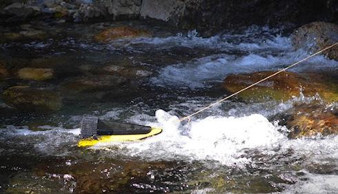 HydroBee – водная зарядка для мобильных гаджетов