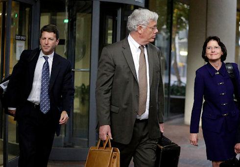 Apple потратила 60 млн долларов на адвокатов из Morrison & Foerster