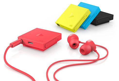 Стильная гарнитура BH-121 от Nokia