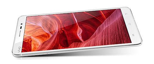 Vivo Xplay 3S – 5,7-дюймовый флагман от BBK